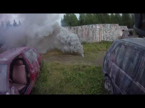 Testing 2 kg military grade smoke bomb, ignition with 7,4V 5000mah Lipo :D