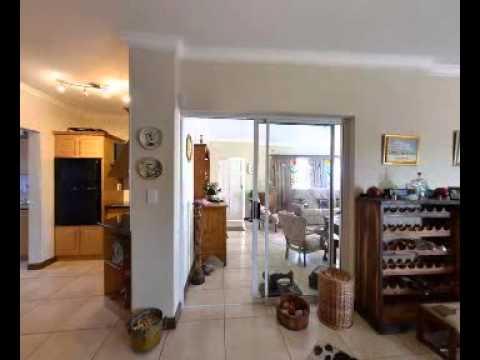 3 Bedroom house in On Golden Mile | Property West Coast | Ref: M37468