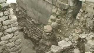 Encuentran restos de una muralla de la época del rey Salomón