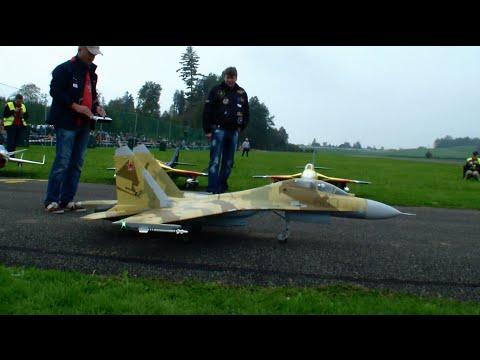R/C turbine Jet Sukhoi SU-27 JetCat P180-RX Hausen Modellflug Show 2014 Switzerland