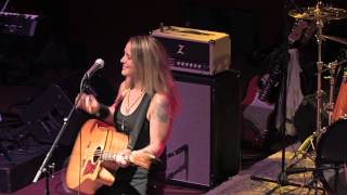 Sarah Smith - Three Little Birds (Bob Marley Cover) - LIVE