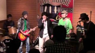 2011年10月29日(土)村上Live House Creamにて 毎度お騒がせしますvol.2 ...