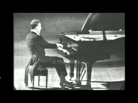 Arturo Benedetti Michelangeli suona Ludwig van Beethoven Sonata in do min. op.. 111