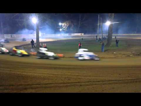 Shellhammers Speedway 270 Feature 4/27/16