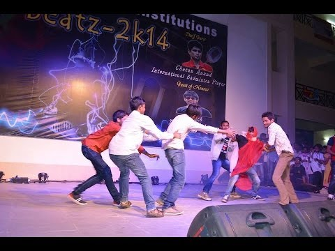 NTR,ANR,KRISHNA   (old imitation dance) @CVSR COLLEGE - IT   part 1
