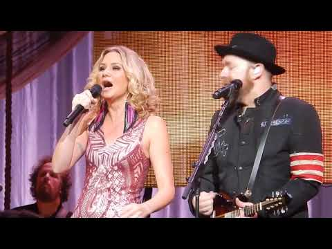"Sugarland ""Already Gone"" Nashville"