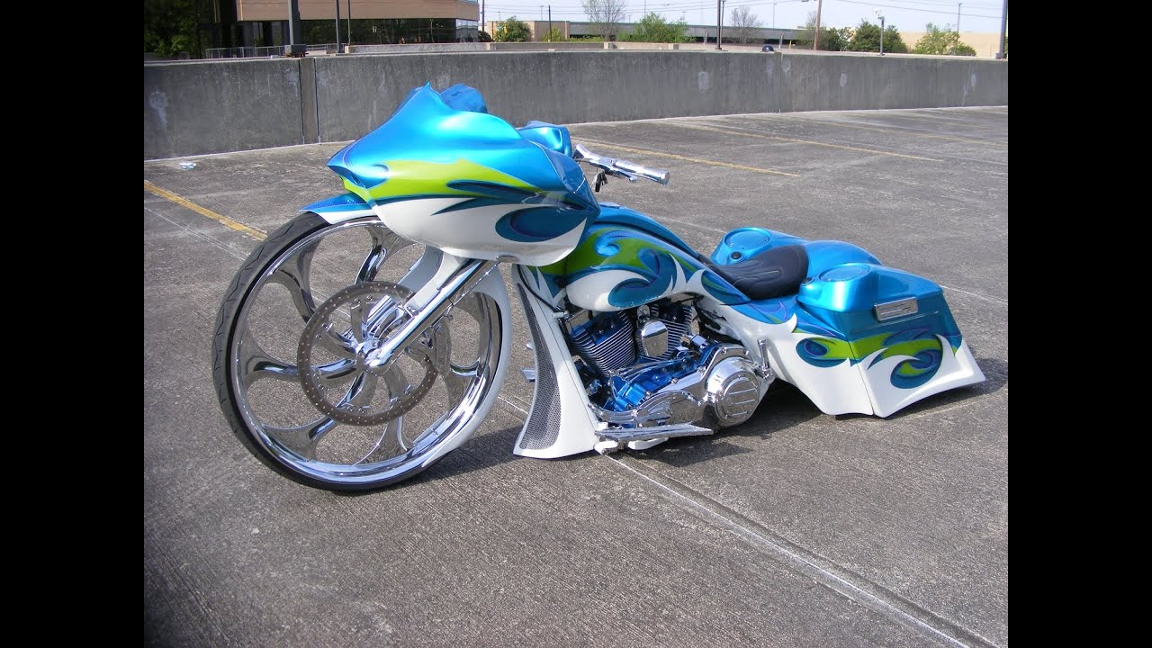 Custom Cycles Ltd Crosbyu0027s 32 Inch Big Wheel Road Glide Bagger Harley  Davidson   YouTube