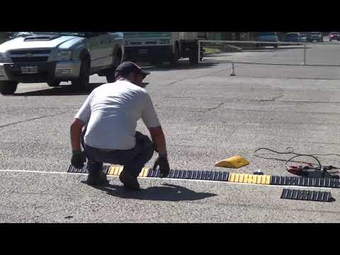 Se colocan reductores de velocidad en avenida Malarín