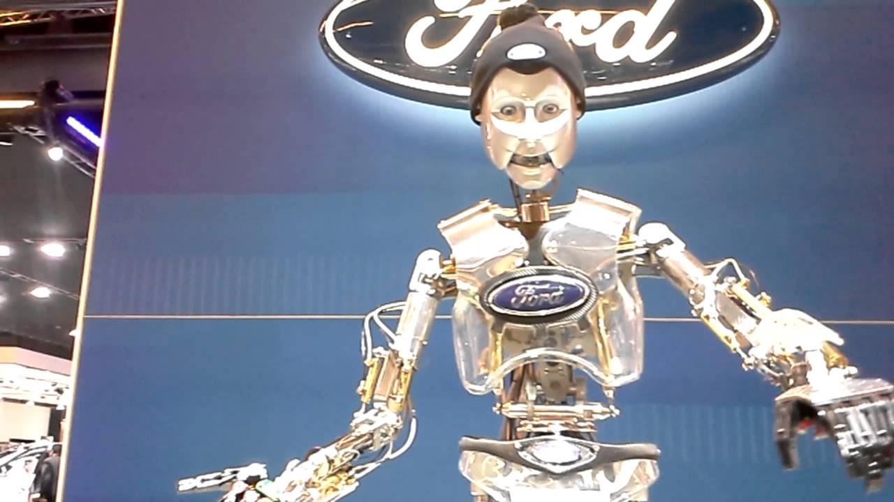 Robot ford salon de l 39 auto de montreal 2015 youtube - Salon de l auto de montreal ...