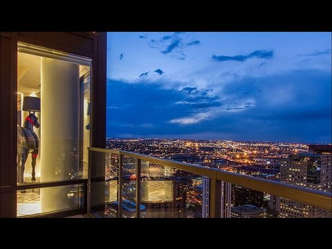 Amazing Breathtaking Views Flat in Denver's Four Seasons Hotel (Architect Curtis Fentress's Flat)