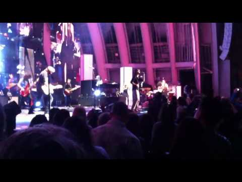 Jason Mraz Christina Perri - Distance Duet Live In Concert Hollywood Bowl Tour Is 4 Letter Word