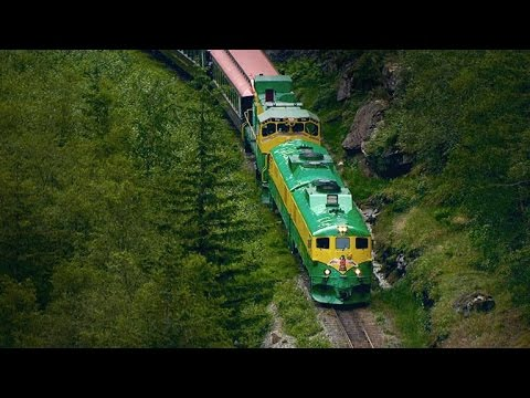 A Breathtaking 110-Mile Alaskan Railroad Built In Two Years