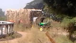 The Amazing & Giant Tractor