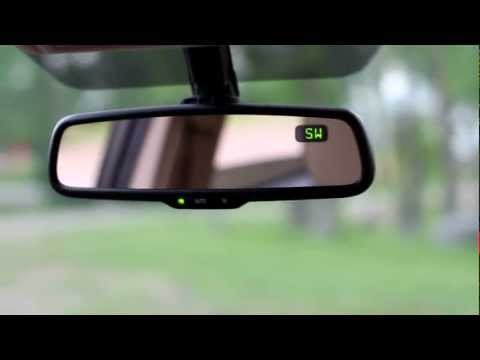 Toyota Accessories - Auto Dimming Rear View Mirror