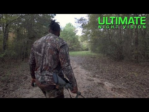 Stacking Hogs with NFL Linebacker Dekoda Watson | Hog Hunting with Thermal