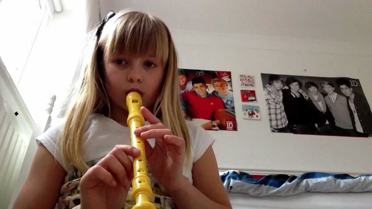 8 Year Old Girl Playing One Direction On Recorder - Youtube-3051
