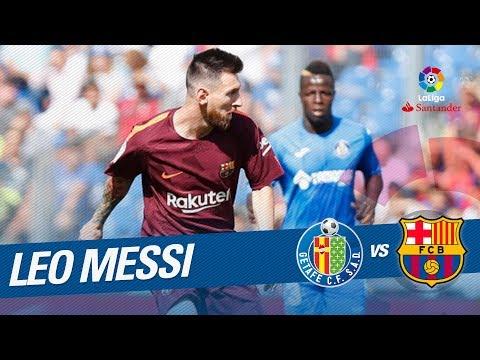 Lanzamiento de falta de Messi que despeja Guaita con una gran parada