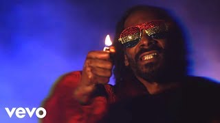 Repeat youtube video Snoop Lion - Lighters Up ft. Mavado, Popcaan