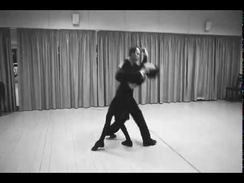 Танец Чулпан Хаматовой и Евгения Миронова | Из фильма Синдром Петрушки