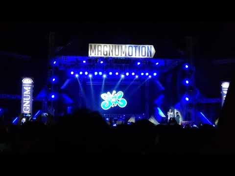 Slank live Solo - Indonesiakan UNA