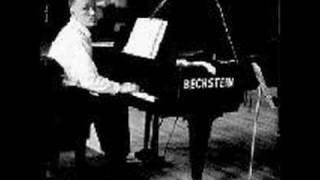 Sviatoslav Richter plays Rachmaninoff Concerto No. 2 (1/6)