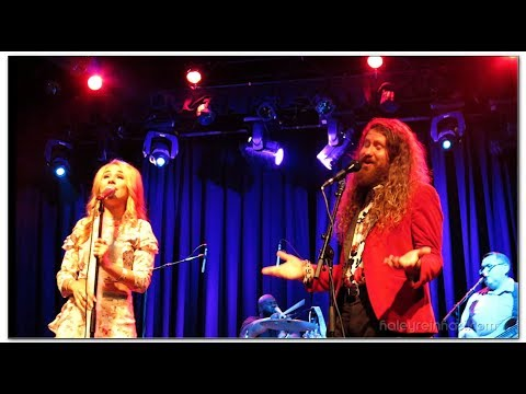 casey abrams and haley reinhart dating 2013