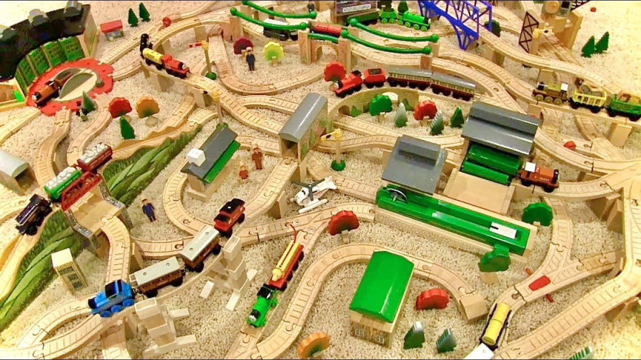 Download Thomas Wooden Railway Layout - 1998 Yearbook Layout (2019)