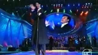 Juan Gabriel - Te pareces tanto a mi (Inocente pobre amigo) - viña 2002