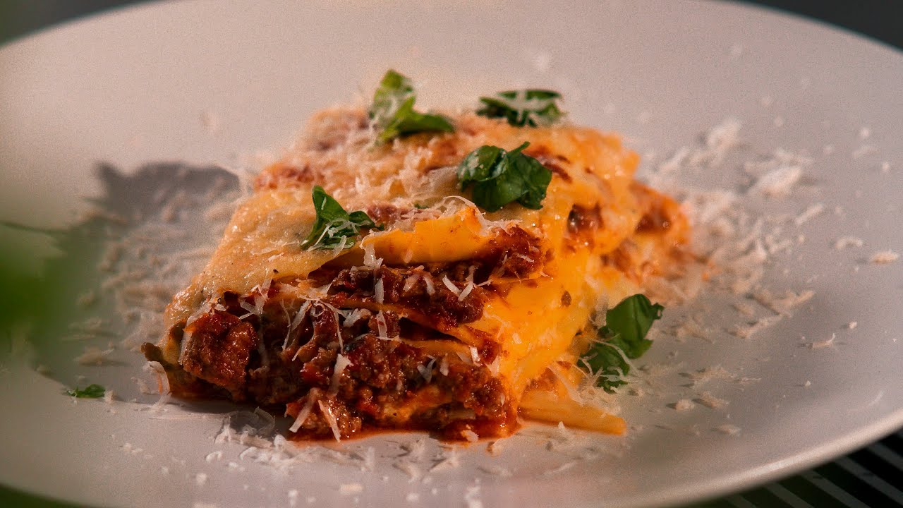 EP13 Fresh Lasagne made with 3 different cheese