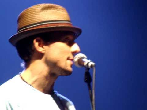 Jason Mraz - Talking On Stage [LIVE] Copenhagen 06.23.09