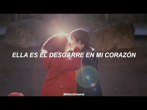 Twenty One Pilots - Tear in my heart || Submarine (español)