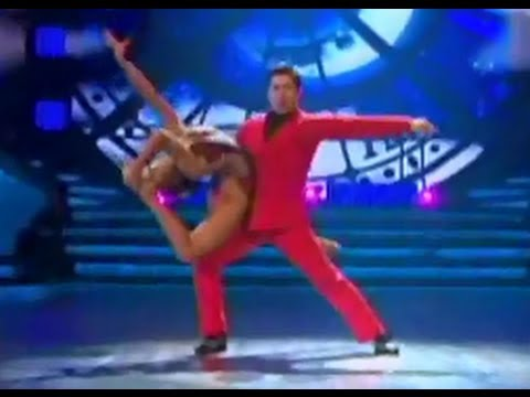 reunirse tailandés bailando en León