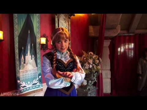 meet anna and elsa from frozen in fantasyland ride