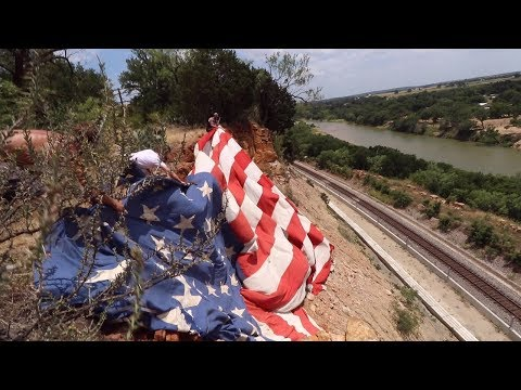 Hanging A MASSIVE American Flag Off Of A 150ft Cliff