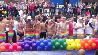 Amsterdam Gay Pride 2010 - Botenparade (24) - Gay Romeo