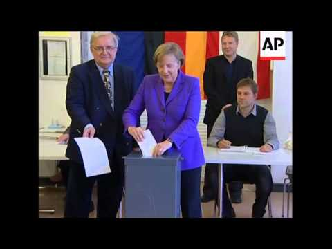 Chancellor Merkel casts vote in European parliament elections