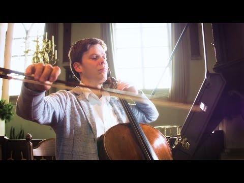 Joachim Eijlander speelt in de Hillegondakerk in Rotterdam