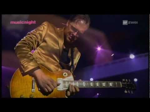 Joe Bonamassa Montreux 13 juli 2010 Full Concert.