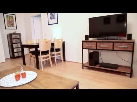 Möbliert mieten in Berlin - ein Apartment mit Balkon.