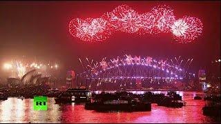 видео Новый год шагает по планете! - презентация к уроку Окружающий мир