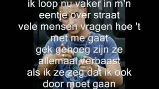 Yes-r - uit elkaar + Songtekst