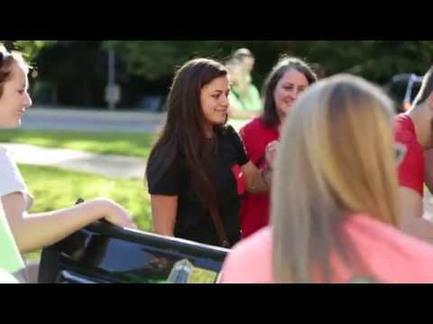 Southeast Missouri State University Move In Day 2015