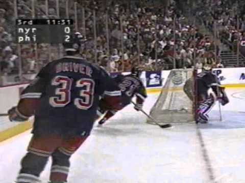 f90e02843 1997 ECF Game 1 Flyers beat Rangers thanks to quick start by rookies ...
