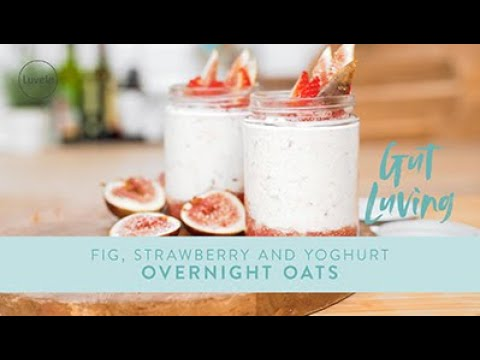 Overnight OATS, STRAWBERRY, FIG & CHIA jars | perfect on-the-go breakfast