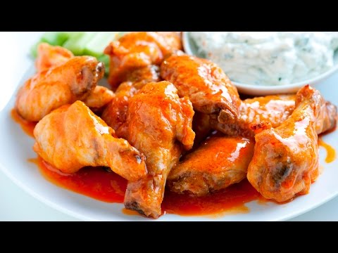 how-to-make-crispy-baked-chicken-hot-wings-with-blue-cheese-dressing