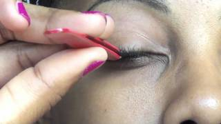 How to Apply False Eyelashes Thumbnail