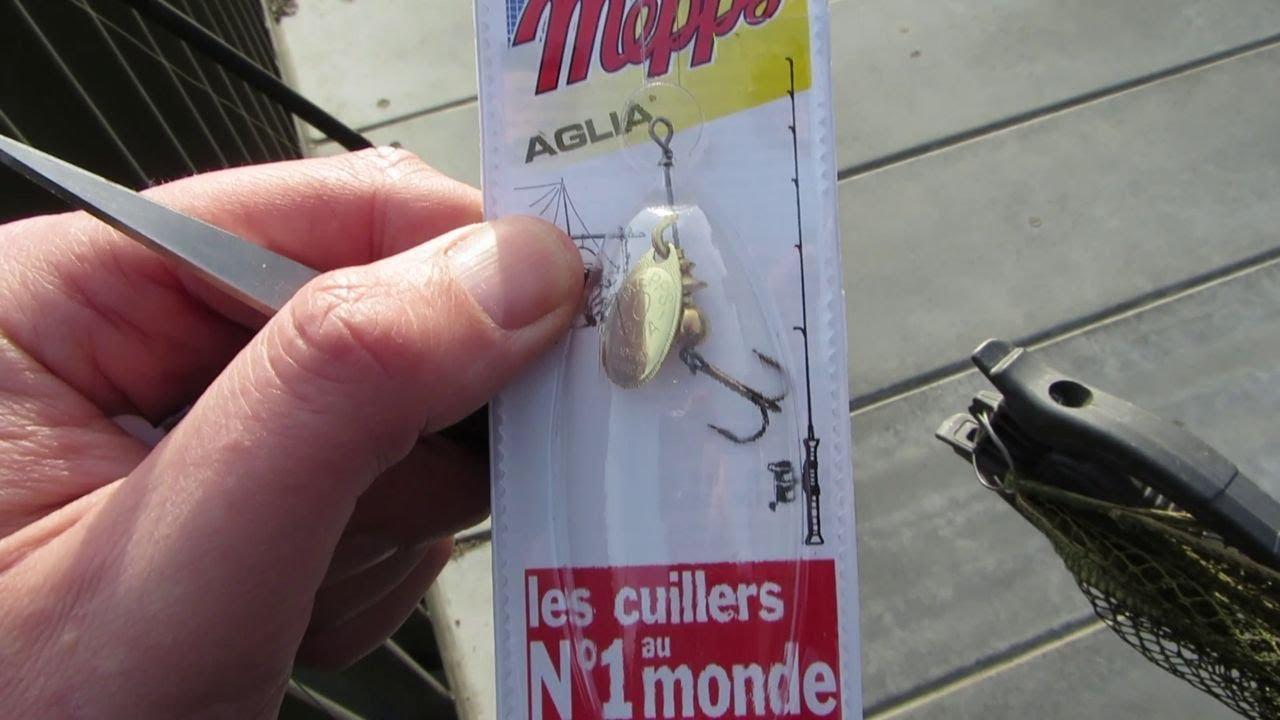 Single Siwash Hook Mepps Aglia Spinner