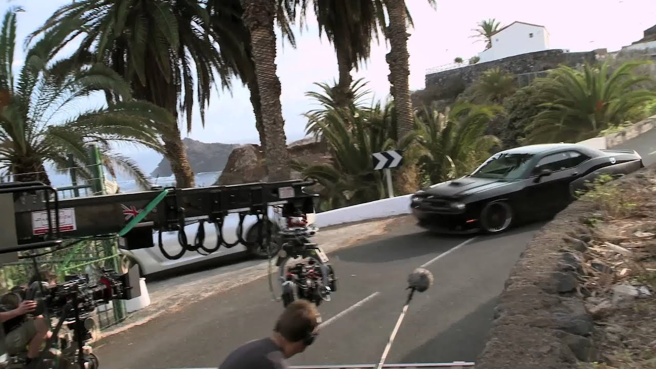 Fast Furious Behind The Scenes Montage YouTube - Behind the scenes fast and furious 7 stunts