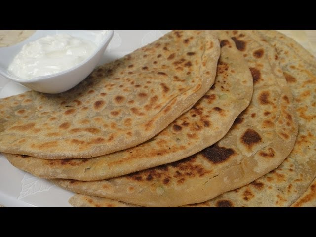 Stuffed Parantha (Aloo Parantha) Travel Video