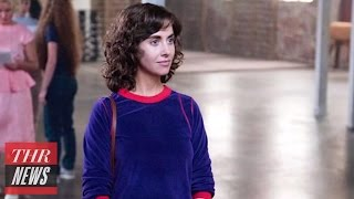 Video 'GLOW': Alison Brie Steps Into the Ring in First Look at Jenji Kohan's Netflix Comedy | THR News download MP3, 3GP, MP4, WEBM, AVI, FLV November 2017